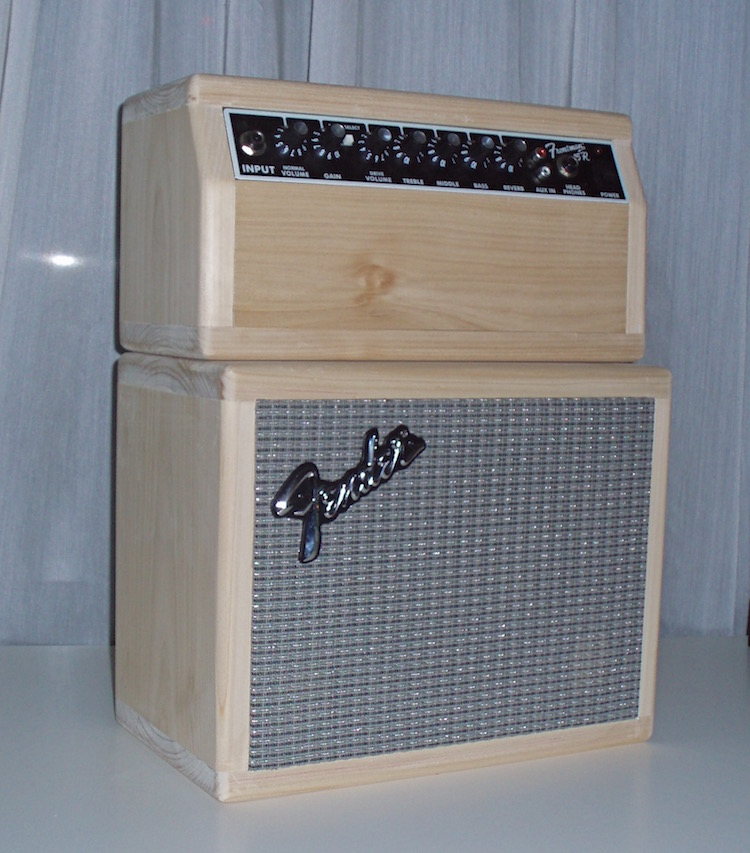 Some other builds    (amp re-housing/lap steel)