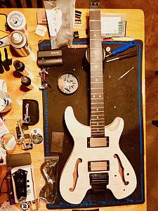 Click image for larger version.  Name:GuitarBuild01 - 1.jpg Views:20 Size:523.9 KB ID:31122